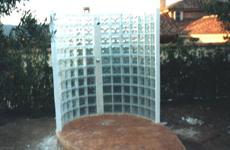Duchas en terrazas para piscinas